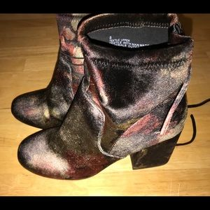 a.n.d. Multicolor Maria Ankle Boot